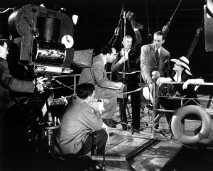 Bette-Davis-and-Paul-Henreid-on-Set-now-voyager-26777288-1280-1031